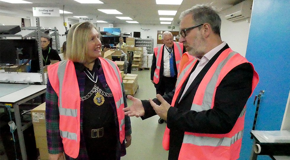 Kingston Mayor Oversees Recycling Operations At Genuine Solutions